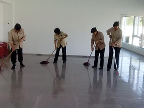 四川厂区保洁